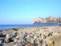 un tratto di costa e Capo Gallo - 25 aprile 2007  - Isola delle femmine (1325 clic)