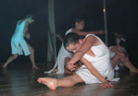presso il Teatro Cielo d'Alcamo, il Saggio di danza, diretto da Rosanna Stabile - ARTE LIBERA - I Colori del mondo: LA PACE (foto 94)- 16 giugno 2007  - Alcamo (1041 clic)