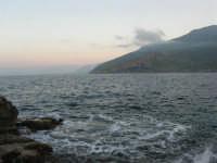 gli scogli ed il mare alla tonnara - 24 febbraio 2008   - San vito lo capo (748 clic)