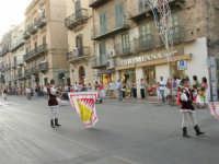 Festeggiamenti in onore di Maria SS. dei Miracoli - Patrona di Alcamo - Corso VI Aprile - Corteo Storico a cura dell'Ass. Cavalieri di S. Giorgio - 20 giugno 2006  - Alcamo (1221 clic)