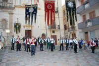 2° Corteo Storico di Santa Rita - Piazza Madonna delle Grazie - esibizione degli Stendardieri di Petralia La Suprana - 17 maggio 2008  - Castellammare del golfo (546 clic)