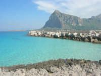 sulla via Faro - un mare stupendo e monte Monaco - 10 maggio 2009    - San vito lo capo (1668 clic)