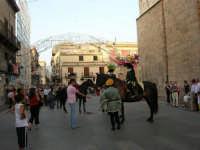 Festeggiamenti in onore di Maria SS. dei Miracoli - Patrona di Alcamo - Corso VI Aprile - Corteo Storico a cura dell'Ass. Cavalieri di S. Giorgio - 20 giugno 2006   - Alcamo (1167 clic)