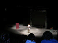 Jobbe Covatta durante il suo spettacolo Melanina e Varichina nel teatro di Segesta - 31 luglio 2005  - Segesta (3705 clic)