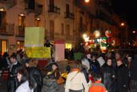 Carnevale 2008 - Sfilata Carri Allegorici lungo il Corso Vi Aprile - 2 febbraio 2008   - Alcamo (1093 clic)