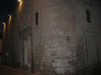 in via Comm. Navarra, angolo via Don G.ppe Rizzo, la sede della Biblioteca Multimediale, ex Chiesa San Giacomo de Spada - Sec. XVI - 10 maggio 2007  - Alcamo (1013 clic)