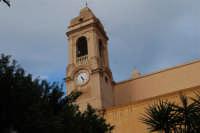 campanile con orologio della Chiesa Madre Maria SS. delle Grazie - 23 marzo 2008   - Terrasini (1550 clic)