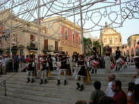 Festeggiamenti in onore di Maria SS. dei Miracoli - Patrona di Alcamo - Piazza Ciullo e Piazza Mercato - Cerimoniale della Calata - Discesa Al Santuario - 20 giugno 2006   - Alcamo (2023 clic)