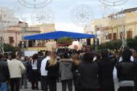 Festa di li Schietti - Piazza Duomo - la gara dell'alzata dell'albero - 23 marzo 2008   - Terrasini (2572 clic)