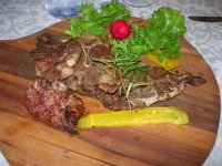 agnello arrosto - C.da Digerbato - Tenuta Volpara - 21 dicembre 2008          - Marsala (2307 clic)