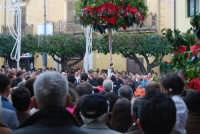Festa di li Schietti - Piazza Duomo - la gara dell'alzata dell'albero - 23 marzo 2008   - Terrasini (2593 clic)