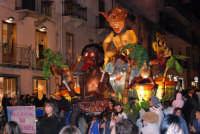 Carnevale 2008 - Sfilata Carri Allegorici lungo il Corso VI Aprile - 2 febbraio 2008   - Alcamo (937 clic)