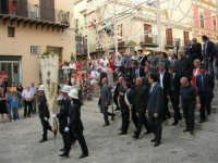 Festeggiamenti in onore di Maria SS. dei Miracoli - Patrona di Alcamo - Piazza Ciullo e Piazza Mercato - Cerimoniale della Calata - Discesa Al Santuario - 20 giugno 2006   - Alcamo (1448 clic)