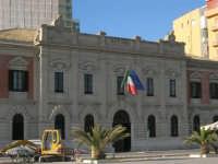 Il porto - 2 agosto 2005   - Trapani (1444 clic)