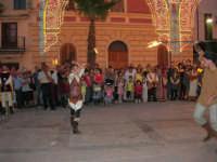 Festeggiamenti in onore di Maria SS. dei Miracoli - Patrona di Alcamo - Piazza Ciullo - Esibizione del Gruppo Storico dei Cavalieri di S. Giorgio - 20 giugno 2006   - Alcamo (1464 clic)