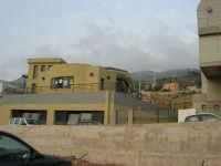 La stazione della funivia a valle - 2 agosto 2005  - Erice (1345 clic)