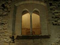 Castello arabo normanno - particolare del cortile interno - 2 gennaio 2009   - Salemi (2405 clic)