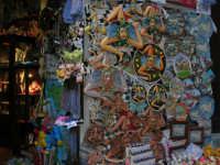 Ceramiche dell'artigianato locale - 2 agosto 2005  - Erice (1719 clic)