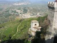 Torretta Pepoli e panorama di Valderice - 22 maggio 2009   - Erice (2243 clic)