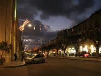 luci natalizie in via Fardella - 21 dicembre 2008          - Trapani (1109 clic)