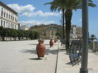 visita alla città - Piazza Angelo Scandaliato - 25 aprile 2008   - Sciacca (1198 clic)