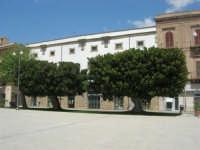 visita alla città - Piazza Angelo Scandaliato - 25 aprile 2008   - Sciacca (1211 clic)