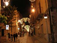 Festeggiamenti in onore di Maria SS. dei Miracoli - Patrona di Alcamo - Corso VI Aprile (cassaru strittu) - Illuminazione straordinaria - 19 giugno 2006    - Alcamo (1104 clic)