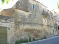 vecchie case - 17 giugno 2007  - Sambuca di sicilia (2722 clic)