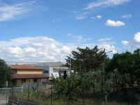 panorama lato sud-est . . . con nuvolette - 22 maggio 2008  - Alcamo (1066 clic)