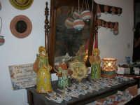 Cous Cous Fest 2007 - Expo Village - itinerario alla scoperta dell'artigianato, del turismo, dell'agroalimentare siciliano e dei Paesi del Mediterraneo - maioliche di San Vito Lo Capo - 28 settembre 2007   - San vito lo capo (787 clic)