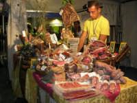 Cous Cous Fest 2007 - Expo Village - itinerario alla scoperta dell'artigianato, del turismo, dell'agroalimentare siciliano e dei Paesi del Mediterraneo - Strada del Vino Alcamo Doc - i salumi di Camporeale (PA) - 28 settembre 2007   - San vito lo capo (872 clic)