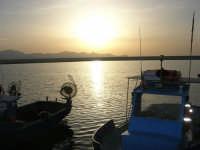 scende la sera sul porto - 24 maggio 2008  - Balestrate (962 clic)