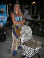 Cous Cous Fest 2007 - Expo Village - itinerario alla scoperta dell'artigianato, del turismo, dell'agroalimentare siciliano e dei Paesi del Mediterraneo - Treccine Apache - 28 settembre 2007   - San vito lo capo (1427 clic)