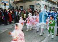 Sfilata di carnevale - 26 febbraio 1995   - Castellammare del golfo (1256 clic)
