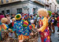 Sfilata di carnevale - 26 febbraio 1995   - Castellammare del golfo (1317 clic)