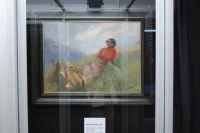stazione ferroviaria - visita a IL TRENO DELL'ARTE -  Museo per un Giorno - Leonardo Bazzoro - Giovane donna sul prato di montagna - (17) - 13 ottobre 2007  - Trapani (1460 clic)
