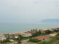 Panorama del Golfo di Castellammare (lato est) - 25 aprile 2006  - Alcamo marina (1302 clic)