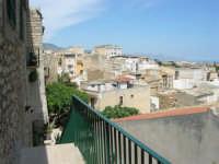 a spasso per la città: panorama periferia nord (zona Santuario) - 6 giugno 2007  - Alcamo (842 clic)