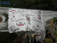 Sagra delle ciliege - lo stand del Panificio Vellino - 17 giugno 2007  - Chiusa sclafani (1625 clic)