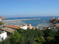 vista sul porto dalla villa - 19 agosto 2007  - Castellammare del golfo (618 clic)