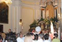 la statua della Madonna di Fatima, portata in processione, è rientrata nella Chiesa di S. Maria del Gesù - 17 maggio 2008  - Alcamo (1455 clic)