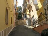 a spasso per la città: via Raffaello - 6 giugno 2007  - Alcamo (1076 clic)