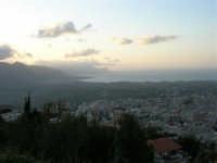 Panorama dal Monte Bonifato - 21 aprile 2005  - Alcamo (1950 clic)