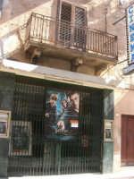 corso 6 Aprile - Cinema Esperia: Hanry Potter e L'Ordine della Fenice - 17 luglio 2007  - Alcamo (1222 clic)