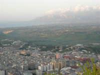 Panorama dal Monte Bonifato - 21 aprile 2005  - Alcamo (2331 clic)