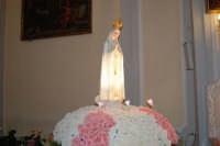 la statua della Madonna di Fatima ospitata all'interno della Chiesa di S. Maria del Gesù - 17 maggio 2008  - Alcamo (2391 clic)