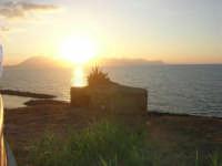 bunker in controluce - 9 settembre 2007  - Trappeto (2217 clic)