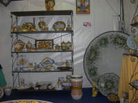 Cous Cous Fest 2007 - Expo Village - itinerario alla scoperta dell'artigianato, del turismo, dell'agroalimentare siciliano e dei Paesi del Mediterraneo - le ceramiche di Custonaci (TP) - 28 settembre 2007   - San vito lo capo (690 clic)
