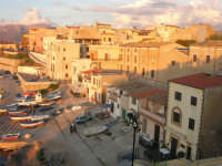 case sul porto - 9 settembre 2007  - Trappeto (4160 clic)