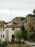 Per le vie di Alcamo: via Discesa al Santuario - 25 aprile 2005  - Alcamo (1739 clic)